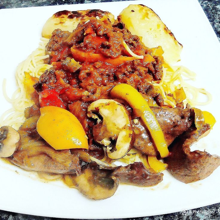 Liver,minced stew,mushrooms,peppers and roasted Potato.