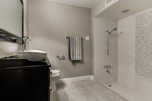 Small Bathrooms Non-Slip Flooring For Bathrooms