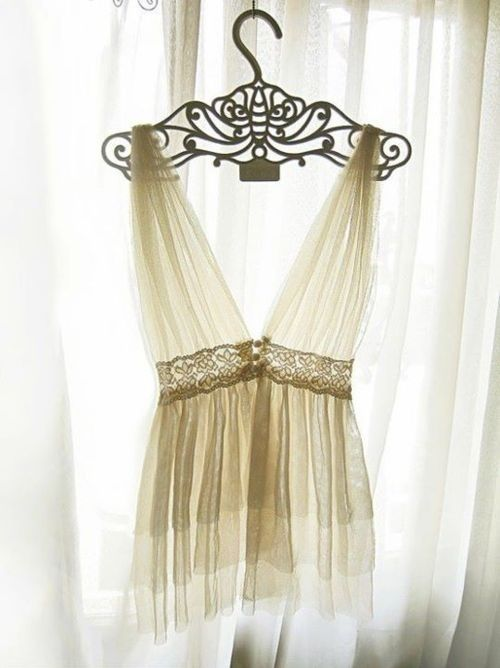 .beautiful hanger!