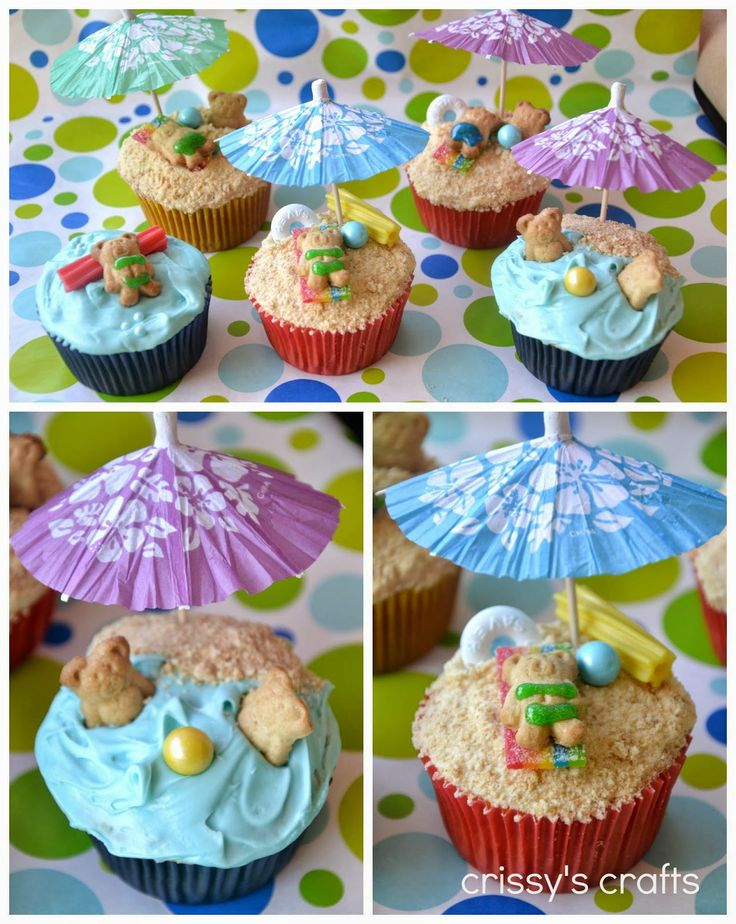 We love these sandy beach inspired cupcakes by @Crissy Page Page's Crafts so much we just had to share!