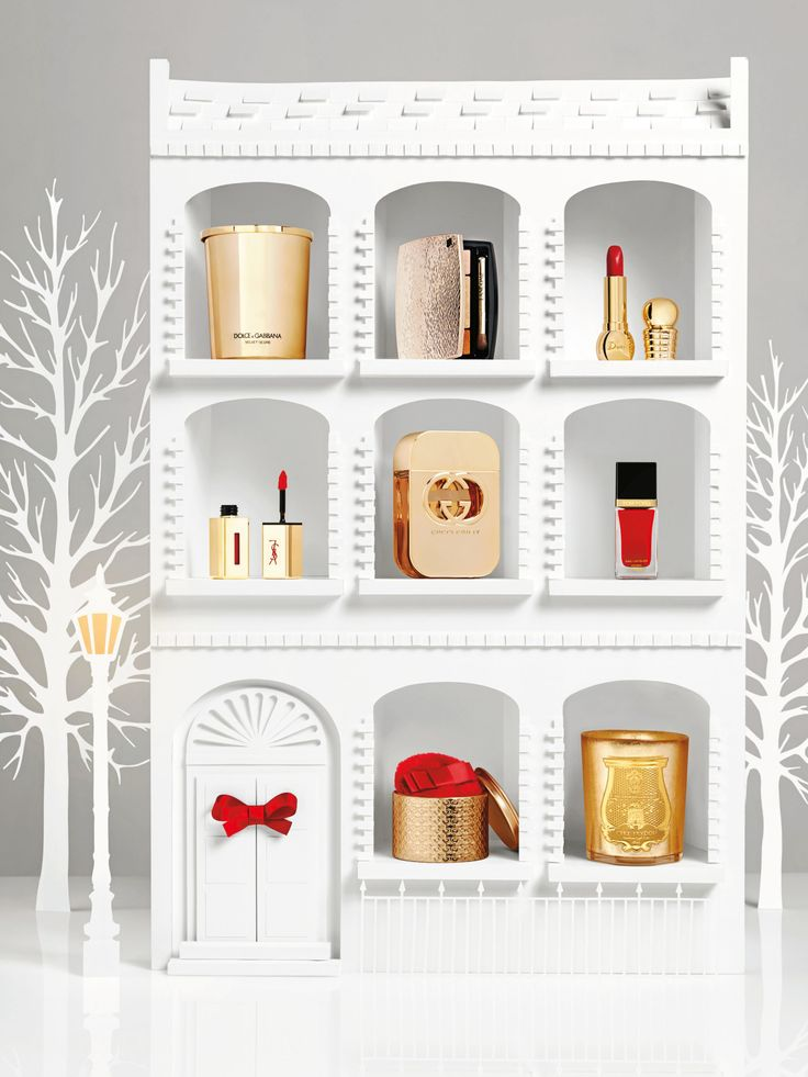 Set design for Vogue's festive beauty product feature.