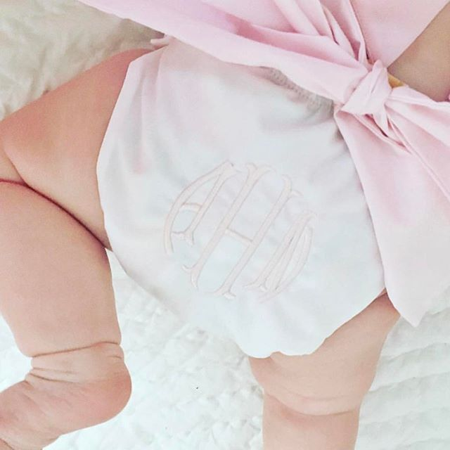 Sugar, how you get so fly? #babylegs #babybowbottombloomer #everygoodandperfectgift   Baby Bow Bottom Bloomers   The Beaufort Bonnet Company