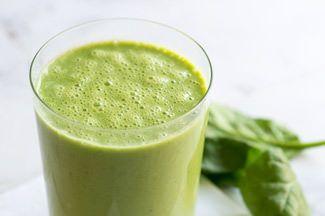 一般的に、グリーンスムージーの栄養素を十分に体に吸収させるためには、動物性タンパク質と一緒に摂らない...