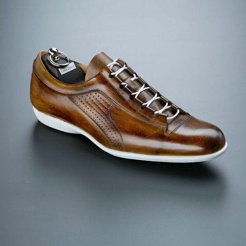 Carlos Santos - Sneaker