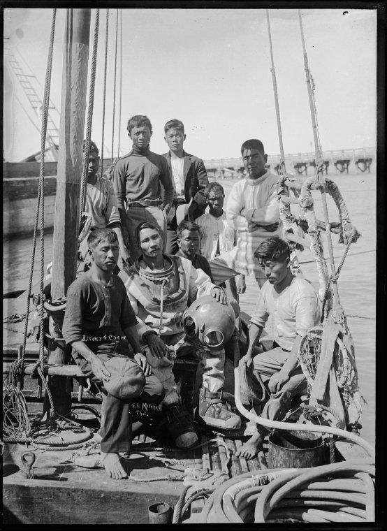 008696PD: Japanese pearl diver and lugger crew, Broome 1911  https://encore.slwa.wa.gov.au/iii/encore/record/C__Rb2944239