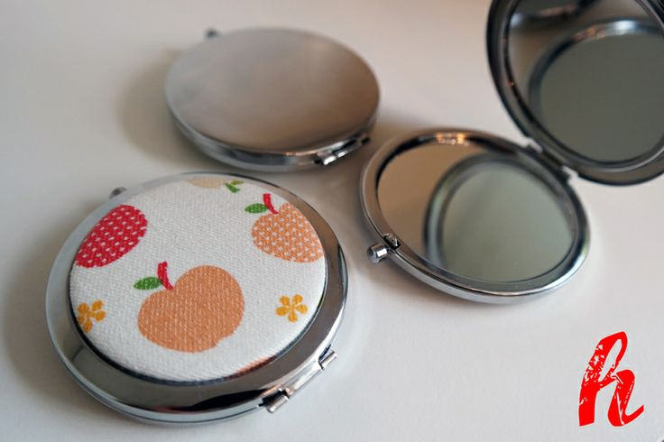 """Taschenspiegel """"Apfel"""" von HABSELIGKEITEN auf DaWanda.com"""