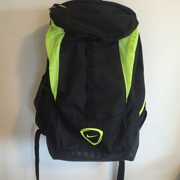 Nike sports backpack Big, soccer style backpack (separate compartment for shoes so no smelly cloths!!) This bag is in great condition and was only used 4 times. It is big and will fit a lot of stuff ⚽️ Nike Bags Backpacks
