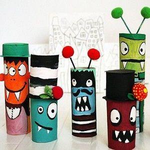 Voici des supers idées pour recycler vos rouleaux de papier toilette à Halloween ! Des idées toutes simples pour réaliser des personnages d\\\'Halloween avec des rouleaux de papier toilette, une chouette façon de recycler vos rouleaux pendant les vacances de la Toussaint avec peu de matériel nécessaire. Intérêt : peinture et ...
