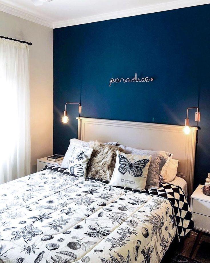 É ou não é o quarto mais lindo que vocês vão ver hoje? 😍 A parede azul, …  – Lautrec