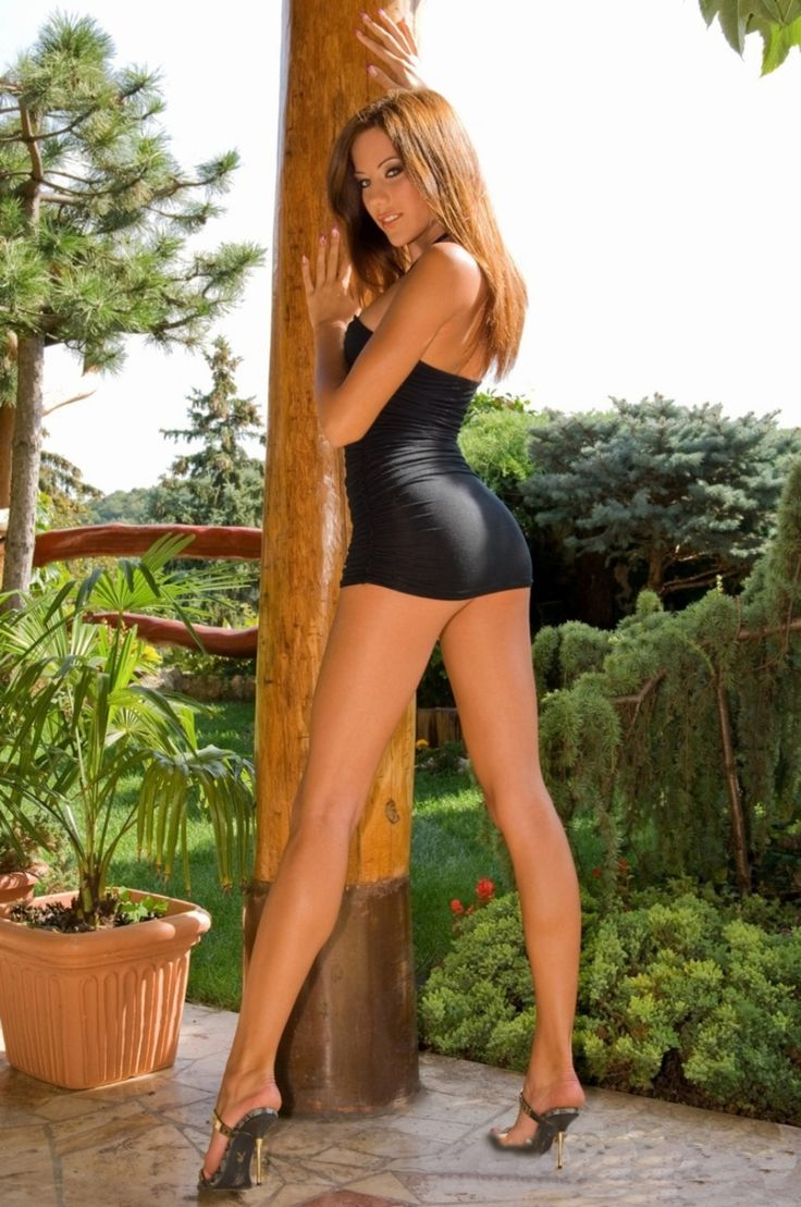 Sexy Hot Heels. Calendars of sexy women at sexy-calendars.com Featuring the hottest models in lingerie and swimwear.