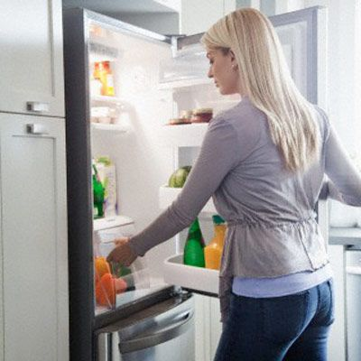 A Grocery List for a Better Diet  How to Stock Your Kitchen for Weight Loss  Mother Hubbard's bare cupboard isn't the way to go for weight loss success. When you're hungry, you need to have the right foods within reach.    By Kristen Stewart  Medically reviewed by Pat F. Bass III, MD, MPH