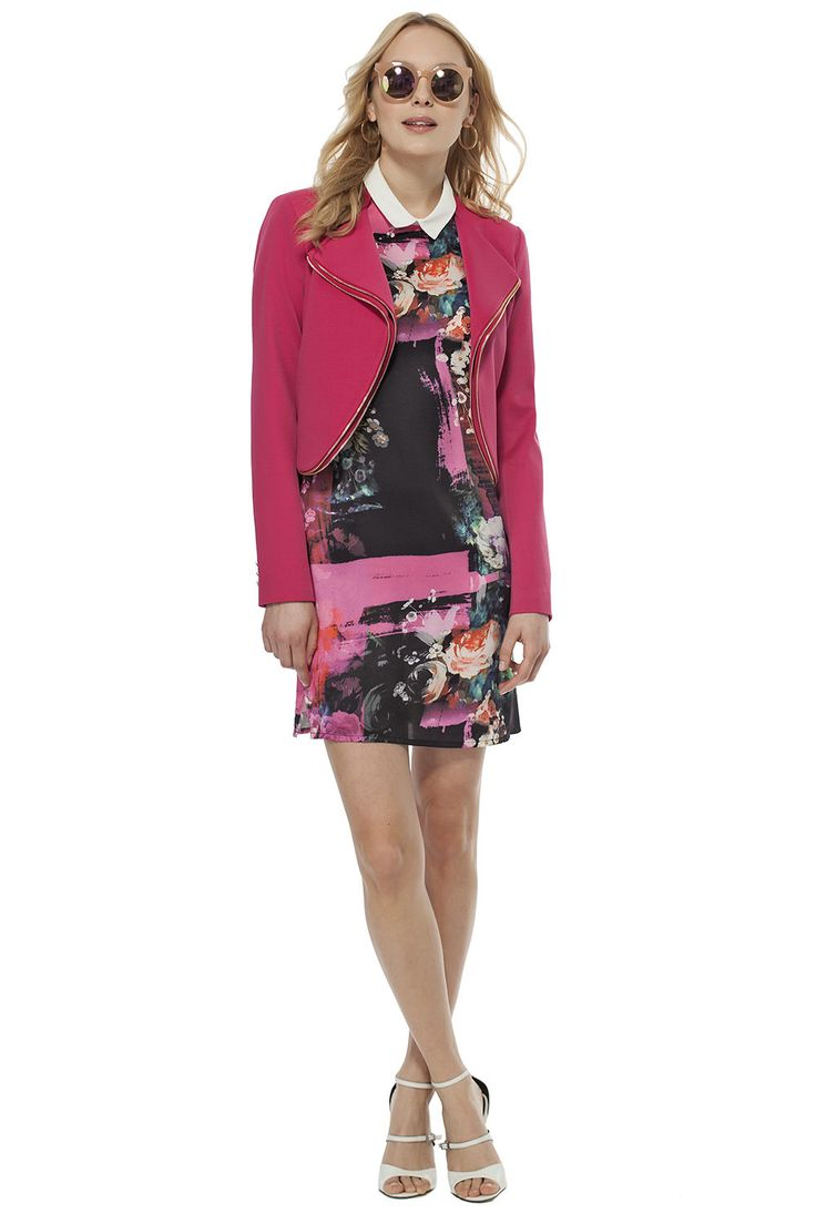 Veston avec zips décoratifs et robe imprimée / Decorative front zippers jacket over our printed dress  #tristanstyle #pink