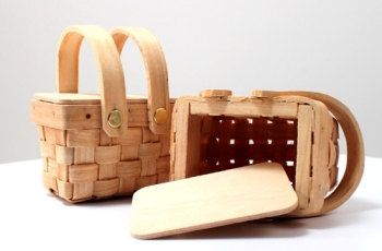 Mini Picnic Basket Favor - Box of Six (Low Shipping Charge & Fast Shipping!)