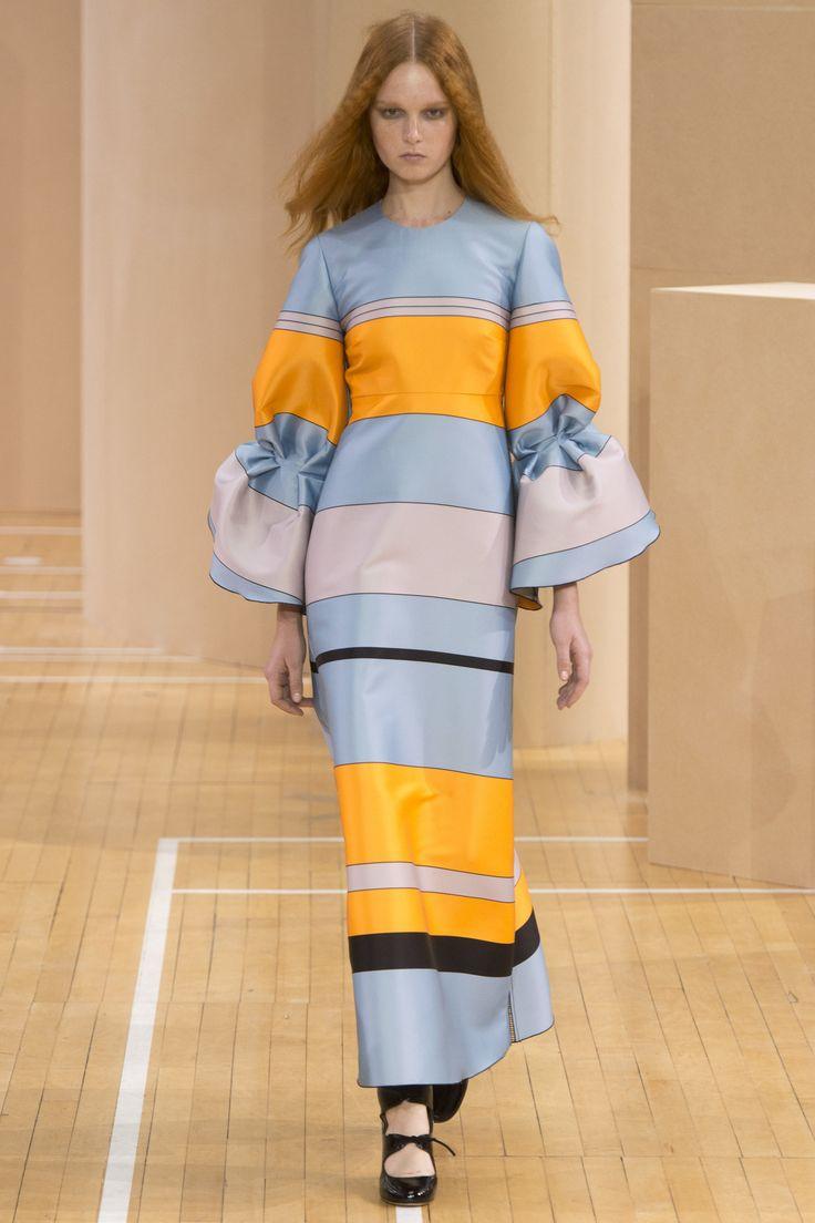 Roksanda Spring 2016 Ready-to-Wear Collection Photos - Vogue  http://www.vogue.com/fashion-shows/spring-2016-ready-to-wear/roksanda/slideshow/collection#6