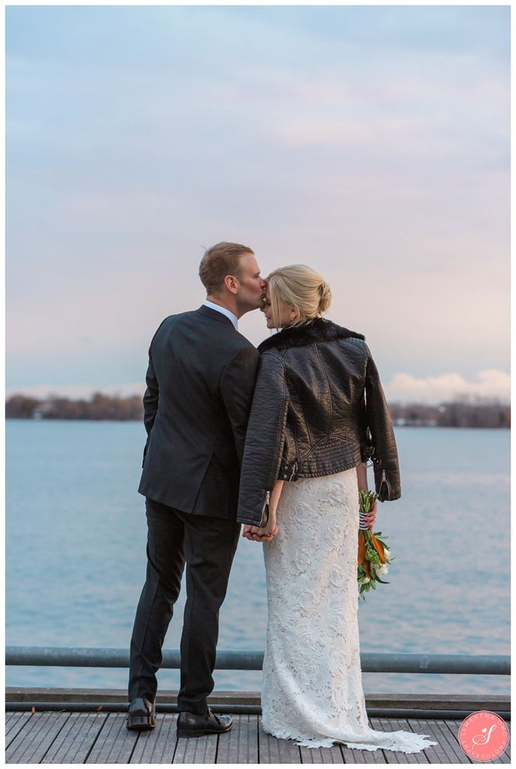 Bride & Groom Sunset Pictures   Toronto Harbourfront Queens Quay   Downtown Toronto Hotel   Delta Hotels by Marriott    Arta Gallery Distillery District Winter Wedding Photos   © 2016 Samantha Ong Photography www.samanthaongphoto.com #samanthaongphoto #weddingphotography #weddings #weddingphotos