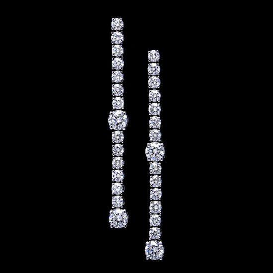Pendientes largos de Novia con diamantes en oro blanco