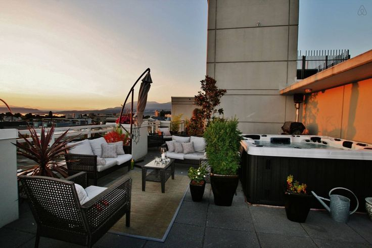 Kits Penthouse W Private Hot Tub In Vancouver Hot Tub Vacation Home Outdoor Decor