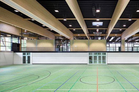 Sport 97 arquitetura for Piscina valdesanchuela