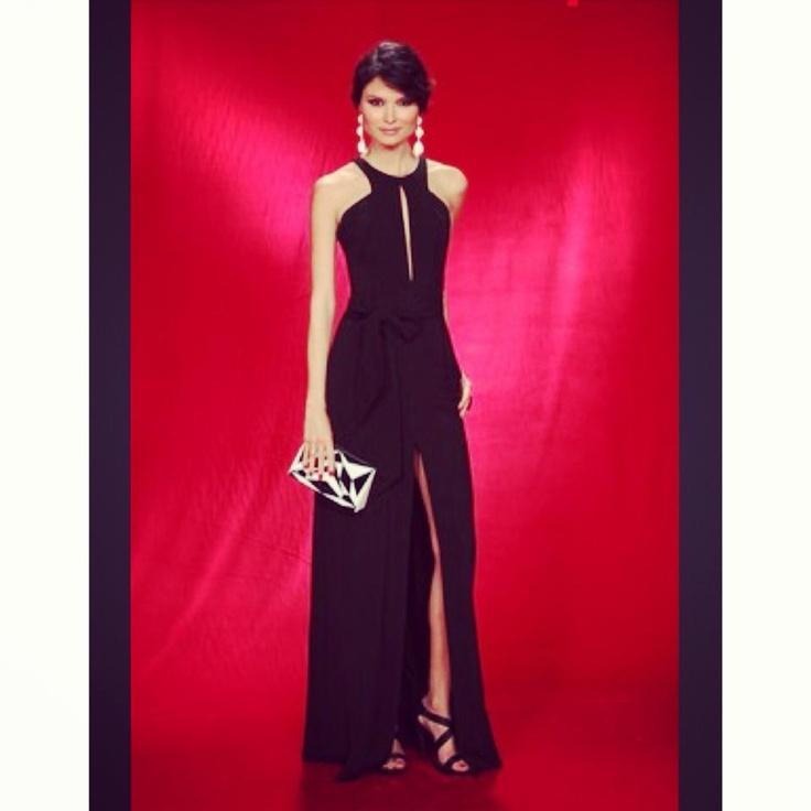 Red carpet! Milena Cardoso in an elegant Nuno Baltazar's dress