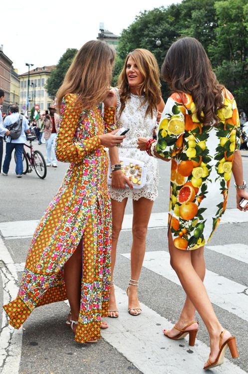 three great outfits.: Long Dresses, Fashion, Street Styles, Maxis Dresses, Prints, The Dresses, Anna Dello Russo, Lace Dresses, Anna The Russian