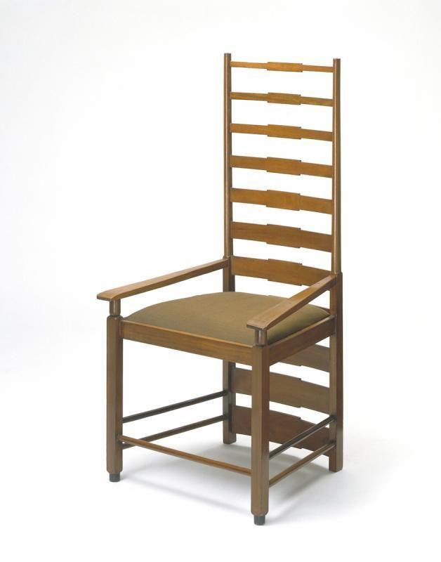 Британский дизайн: от Уильяма Морриса к цифровой революции. Кофейный стол Коллекция «Менза» Лиам Хопкинс и Ричард Свини. 2009 Стекло, березовая фанера, лазерная резка на станке ЧПУ Собственность Lazerian