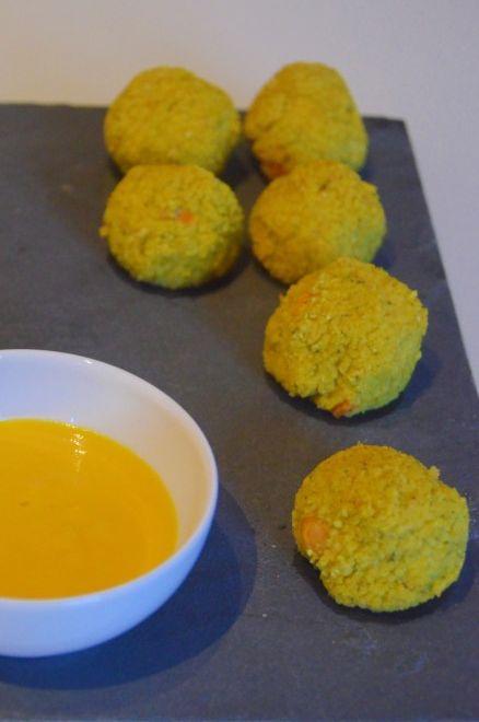 Polpettine vegane di miglio e ceci con salsa di peperoni….anche per bambini
