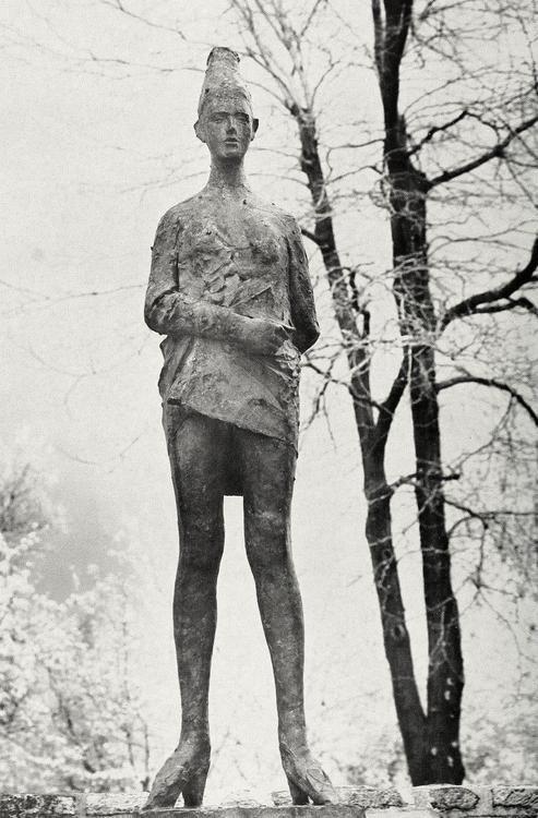 Giacomo Manzú - Dancer with skirt, 1956