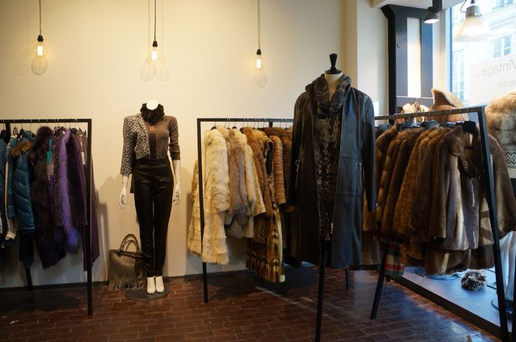 SOLDES: du 05 Fevrier au 20 Fevrier : - 30 % - 40% -50% sur toutes les fourrures Vintage #Paris #le132turenne #vintage #furaddict #furlover #winterfashion #winterstyle #fashionshop #shoppinginParis #whatiwore #luxeforless #inspiration #ootd #wiwt #winterwear #furobessed #attitude #depotvente #dopefashion #ateliervintage #liketkit #urbanoutfitters #uoonyou#dope #mode