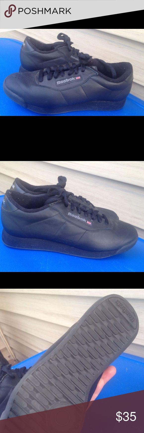 Women's Reebok Classic All Black  Sneakers 8.5M Women's Reebok Classic All Black Leather Fashion Sneakers Size 8.5M Excellent Condition Reebok Shoes Athletic Shoes