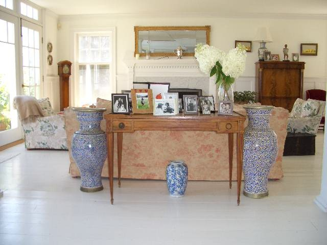 Elegant Hampton us Living Room