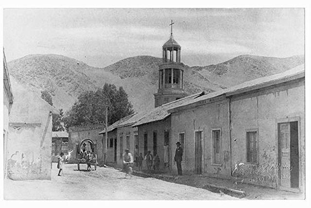 Calle Infante. Se puede ver la Iglesia de la actual Escuela Belén.