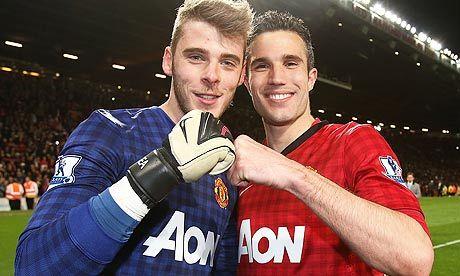 Manchester United's David de Gea and Robin van Persie