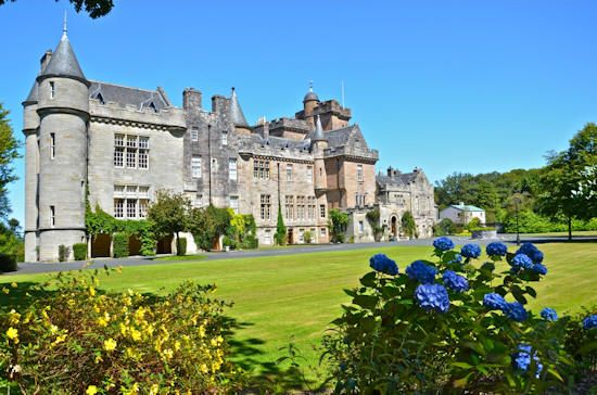 Continuing from last week's castle theme, this week we'll examine the jewel of coastal Scotland, Glenapp Castle, and the magic city that lies between all of these storybook fortresses – Edinburgh. >>> Continue reading after the Jump onto Mark's List...