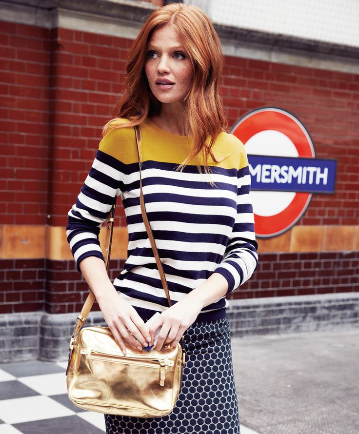 How to wear mustard and navy stripes with a pattern for Boden london mode