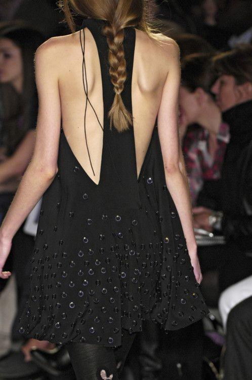 Chloé Paris: Back Dresses, Backless Dresses, Fall 2008, Aurelienne Chloé Paris, Black Dress Chloé, Paris Fall, Chloé Paris Dress, Chanel Fashion