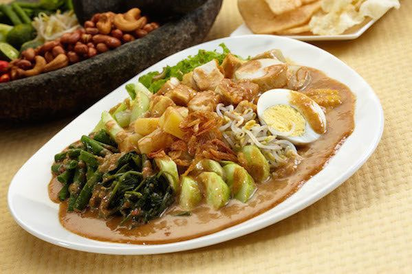 Top 20 Indonesian food that you should try at least once in your life.   Some people maybe know better BALI than Indonesia, but Bali is just the small part of Indonesia. Indonesia is the biggest archipelago country in the world, with over 15.000 different islands and cultures. Indonesia has lots of things to offer to the world of culinary. The food speaks for its self, so you have to eat Indonesian food before you dies so you can feel the taste of heaven.