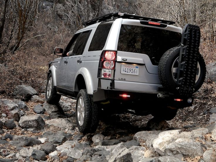 Overland Journal Project LandRover Discovery 4 (LR4