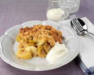 Feijoa and Apple Crumble