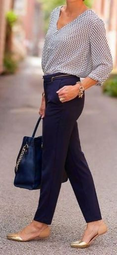 Professional Work Outfit Ideas 23