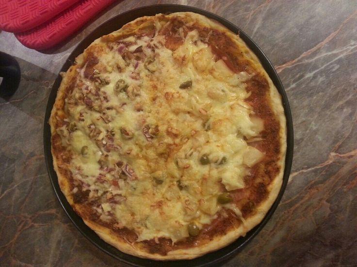 Pizza tészta rozsliszttel | APRÓSÉF