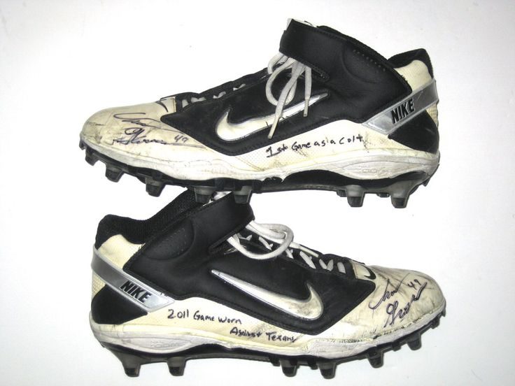 Chris Gronkowski Indianapolis Colts Game Worn & Signed Nike Cleats (Worn for 1st Game With Colts)