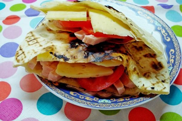 Бездрожжевая пита https://citywomancafe.com/cooking/11/11/2015/bezdrozhzhevaya-pita
