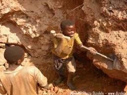 η οικονομία της Ευρώπης και της Δύσης γενικότερα, επωφελείται συχνά από την εκτεταμένη παιδική εργασία των χωρών του Τρίτου Κόσμου