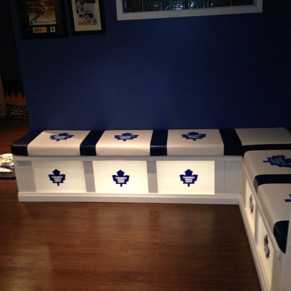 Hockey DIY Man Cave – Toronto Maple Leafs