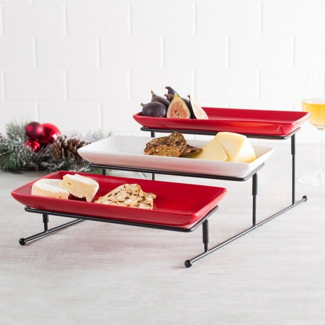 Great for a holiday buffet or serving wine and cheese, this modern yet practical serving plate is a beautiful addition to your table top this season and its simple design allows you to get creative with your presentation!