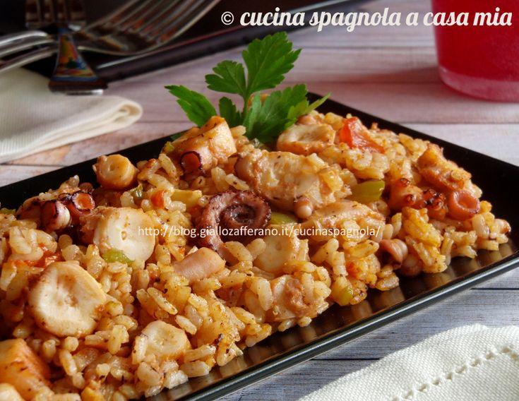 Il riso con polpo è una paella di mare un po' diversa. Una ricetta della domenica sana e gustosa, assolutamente non difficile da realizzare.