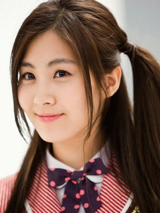Ponytailed Korean Girl - awesome The Best 2014 Korean Hairstyles for Women - http://lateststyletrends.com/?p=566 -  #2014 #Hairstyles #Korean #korean actress hairstyle 2014 #Korean Hairstyles #Korean Hairstyles for Women #The Best #Women