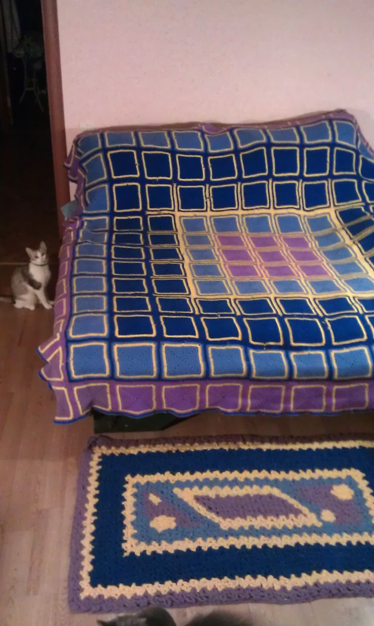 плед и  коврик связанные крючком , rug and blanket crochet .