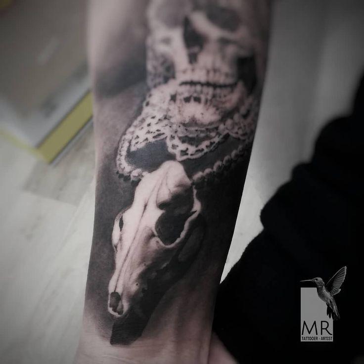 Sacred Skull detail - work of today on this in progress forearm Skin: @runevmirrorskin Special thanks: @alessiolalanewskintattoo  #realistictattoo #realisticdrawing #tattoorealistic #tattoo #artwork #inkwork #romatattoo #tattooroma #tatuaggiorealistico #skull #skulltattoo #teschio #sacredskull #cheyennethunder #panteraink #kreativecartridge #teschiotattoo #darktattoo #gothic