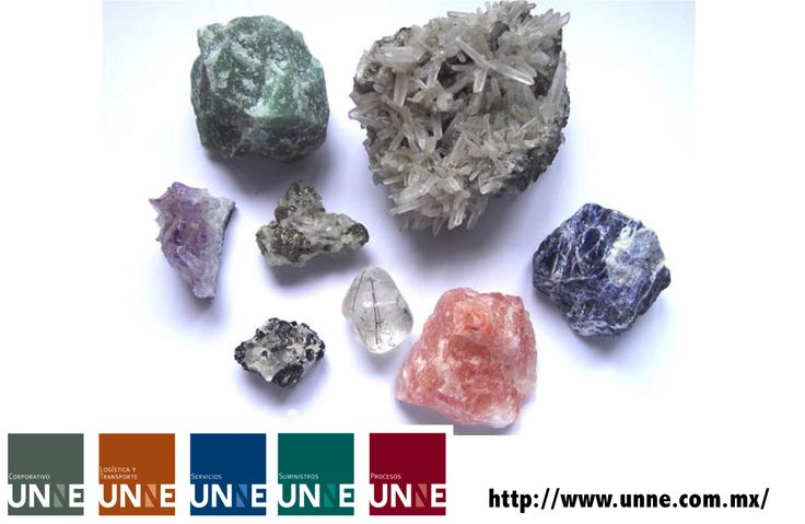 #unne#corporativo#transportes#cal#agregados#intermodal CORPORATIVO UNNE te dice ¿qué es un  mineral? Para comprender que es un mineral, podemos estudiar algunas de sus características: Se encuentra en la naturaleza, es decir, no está fabricado. Tiene una estructura geométrica fija, por tanto, es sólido. Es de naturaleza inorgánica. La concha de un molusco no es un mineral, aunque contenga minerales. Tiene una composición química fija. http://www.unne.com.mx/